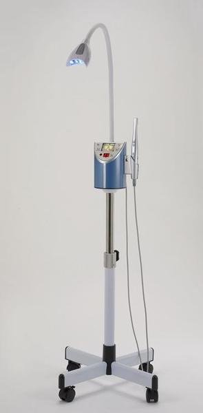 multifunktions bleaching lampe mit intraoraler kamera cf modell m 88 castellini bayern. Black Bedroom Furniture Sets. Home Design Ideas